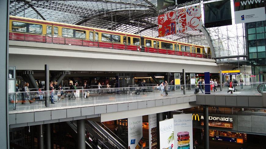Einkaufsbahnhof Hauptbahnhof Berlin