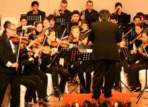 """Orquesta Sinfonica Juvenil"""" de Santa Cruz"""