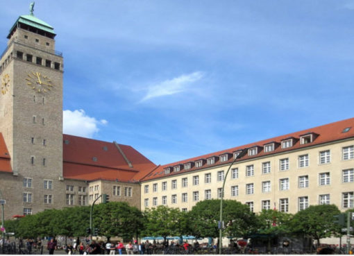 Rathaus Neukölln - Foto: Beek100
